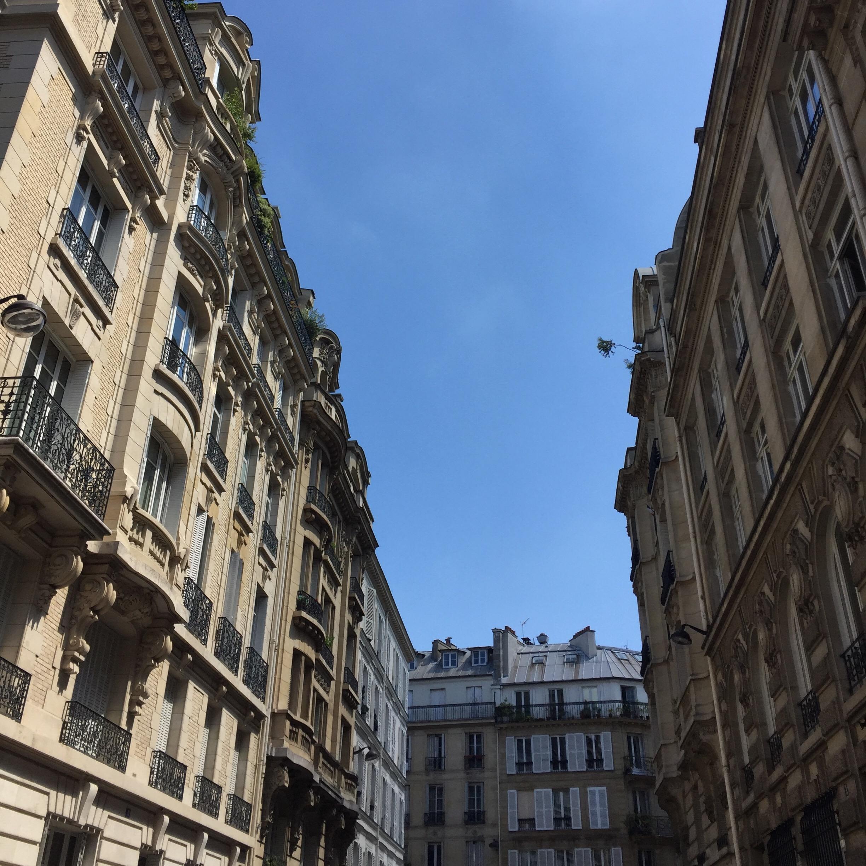 ©2017 ArtsAmuse - I ❤️ Paris